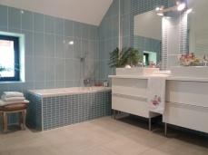 La salle de bain du premier étage